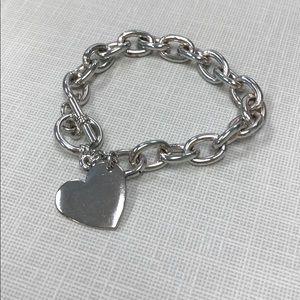 Cute heart bracelet. Never worn.